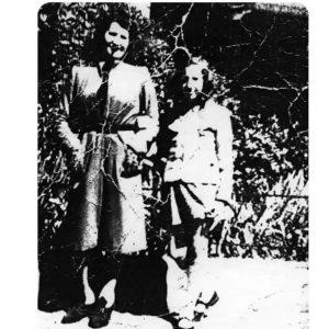 Una de las páginas del libro. Maria Jelen y su madre Estera.